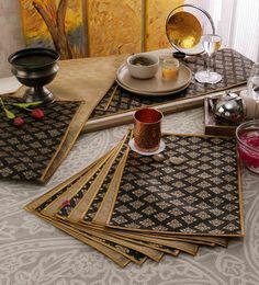 Cannigo Black & Beige Fibre Placemats With Runners - Set Of 10