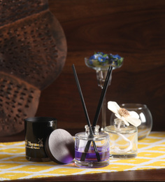 Dadaint Pine Flower Reed Diffuser & Soy Candle - Set Of 5