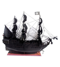 E-Studio Multicolour Solid Wood Pirate Ship Carribean Ship Collectible