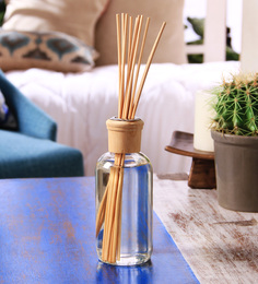 Hosley Cinnamon Spice 220 ML Highly Fragranced Reed Diffuser